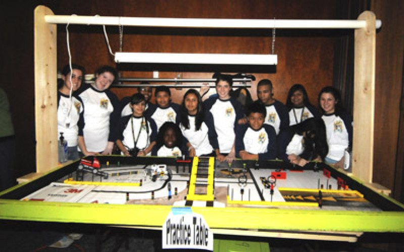 CamdeNerdz compete in LEGO competition