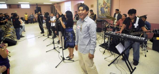 'Jesus Makes Us Free' is theme of Hispanic retreat