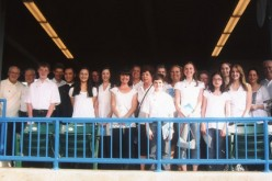 Choir sings at Riversharks' game