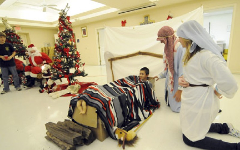 CKRS youth group enacts Nativity scene
