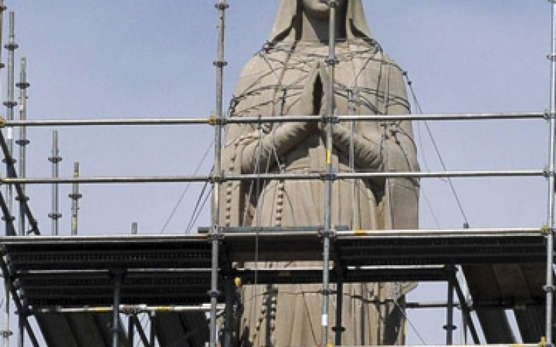 Protection for Our Lady statue