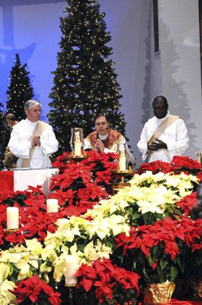 christmasevemass1-web