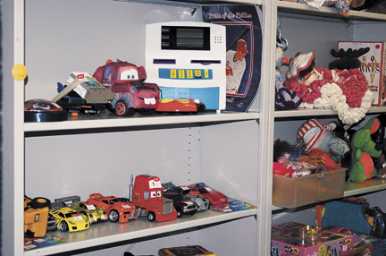 thriftstore2-web