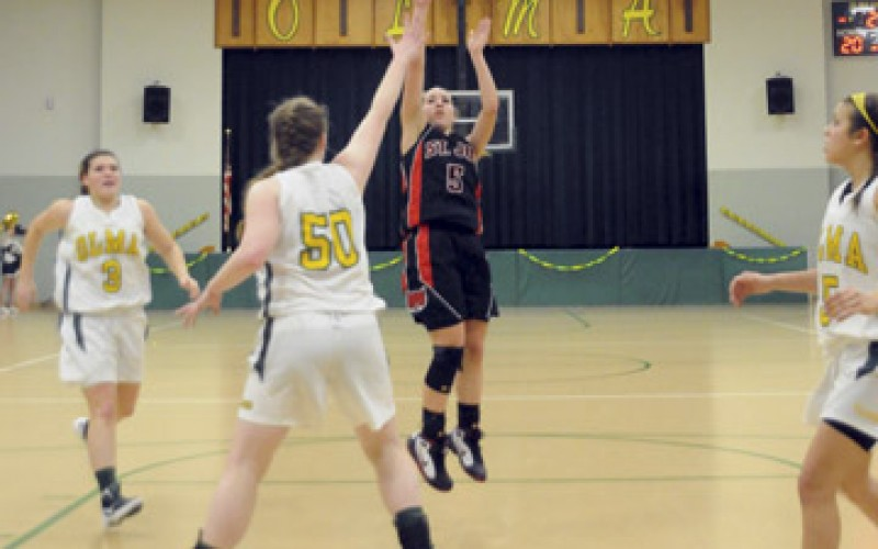 Girls' high school basketball