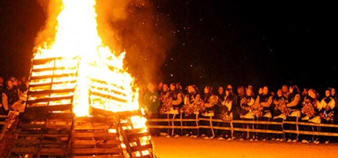 Pre-Thanksgiving bonfire