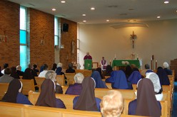 Bishop celebrates Mass commemorating religious