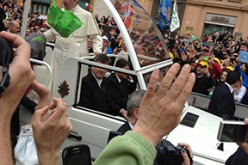 Camden pilgrims attend canonization in Rome