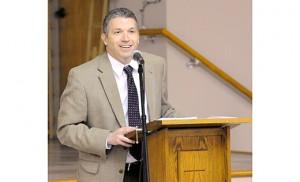 Dr. Jonathan Reyes