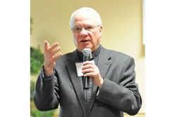 Parishes need to reach out to inactive Catholics, priest says