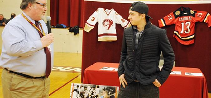 Johnny Hockey back on home ice