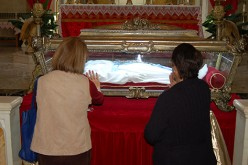 Thousands come to venerate saint's relics