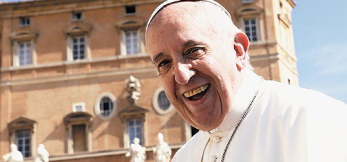 Jesús siempre demostró misericordia sin nunca comprometer la verdad, dice el papa