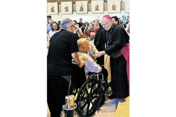 Thousands come to venerate a relic of Saint Padre Pio