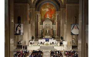 Mass is celebrated in the Basilica of the National Shrine of the Immaculate Conception in Washington in this 2013 file photo. The Camden Diocesan Pilgrimage to the basilica will be Oct. 1. (CNS photo/Nancy Phelan Wiechec)