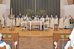 Bishop celebrates priest jubilee Mass