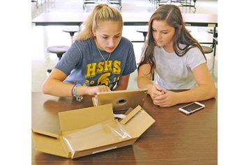 Freshman iPad distribution