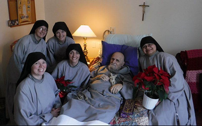 Father Andrew Apostoli of the Franciscan Friars of the Renewal dies