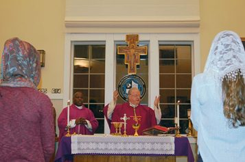 Bishop celebrates Mass for Stockton students