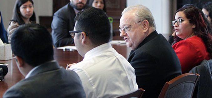 El Obispo Sullivan ofrece apoyo a los Dreamers