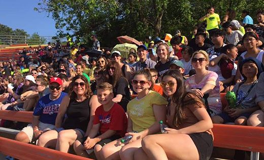 Thousands gather for state Catholic youth rally